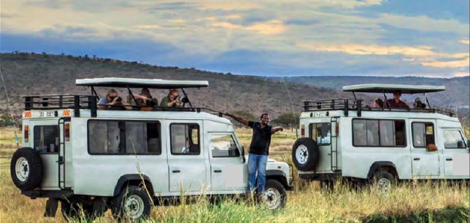 Open-top-Safari-Jeeps-in-Tanzania