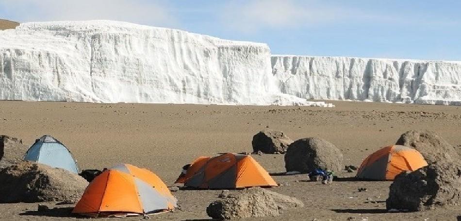 crater-camp-tents-e1462417671969